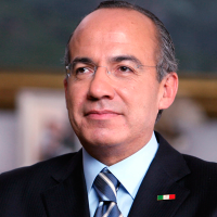 Nueve momentazos de Felipe Calderón
